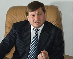 О. Байсултанов: «Необходимо привлекать в республику специалистов для обучения молодых врачей»