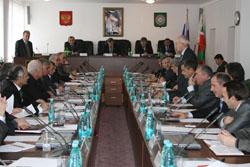 В Парламенте обсудили вопросы правопорядка и безопасности граждан