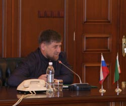 Р. Кадыров дал высокую оценку спецоперации в с. Экажево