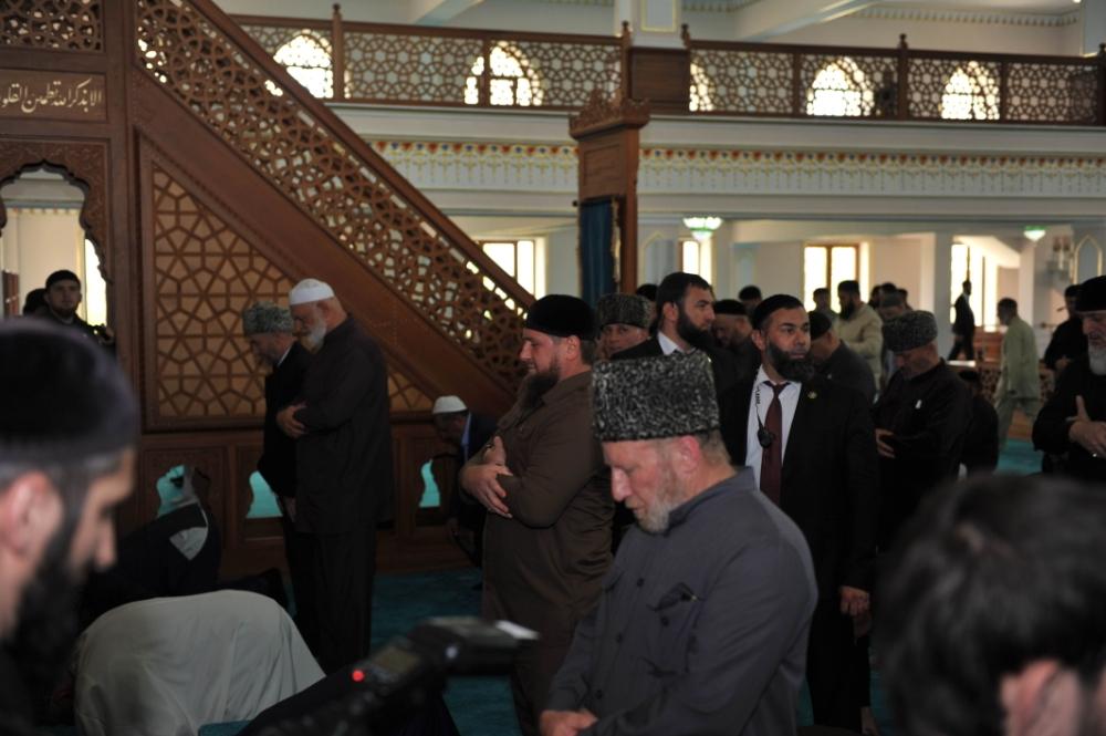 ЧЕЧНЯ. Открытие в Грозном мечети имени первого имама Кавказа Шейха Мансура (фото)