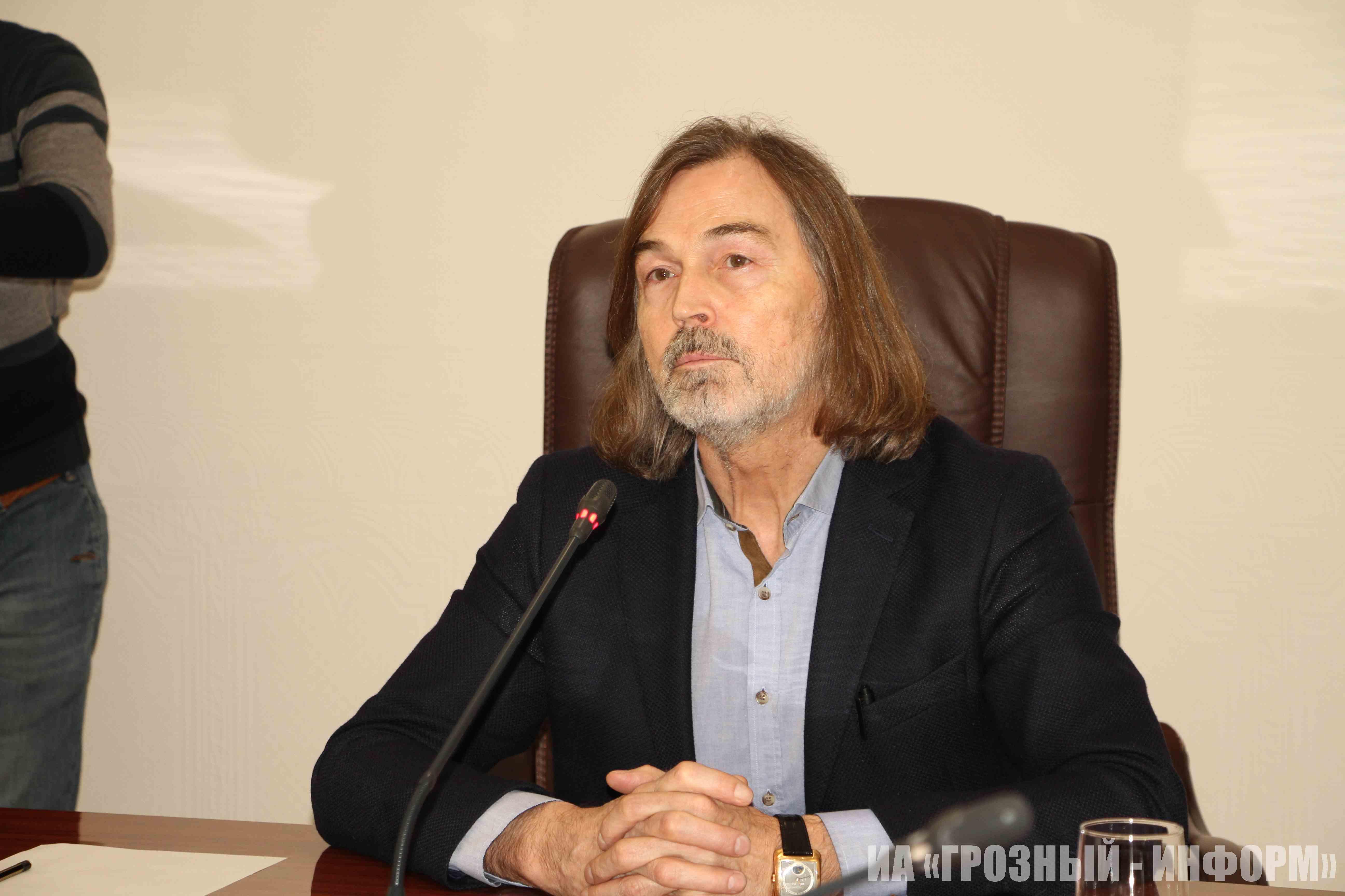 Никас Сафронов в Грозном