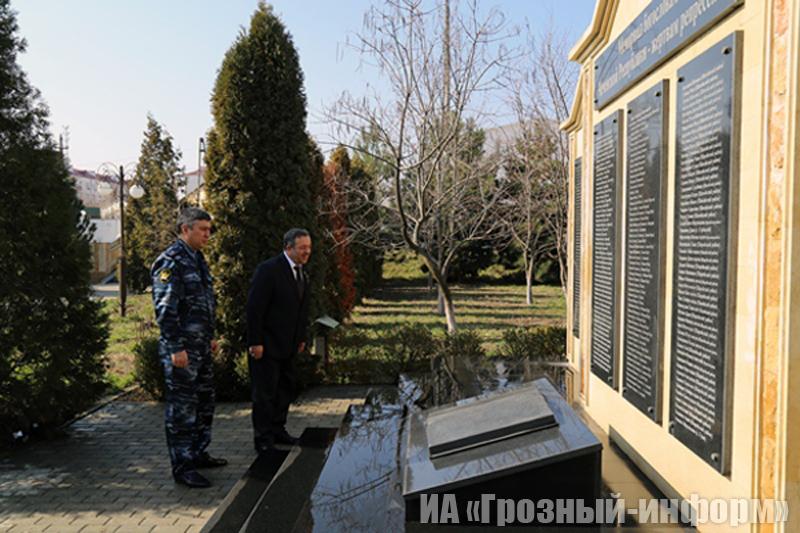 Нурди Нухажиев посетил следственный изолятор №1 города Грозный
