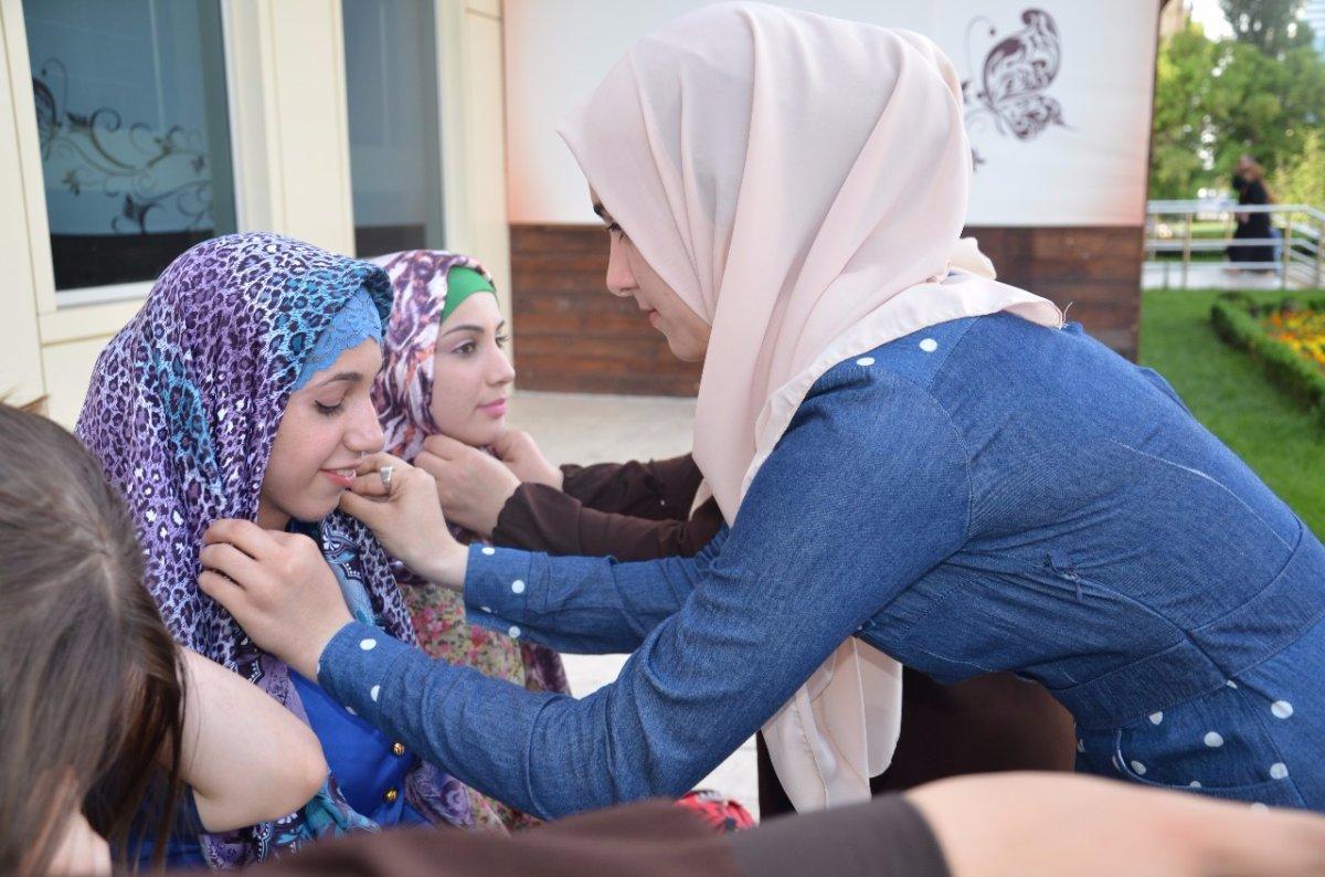 Фото чеченских девушки в хиджабах фото