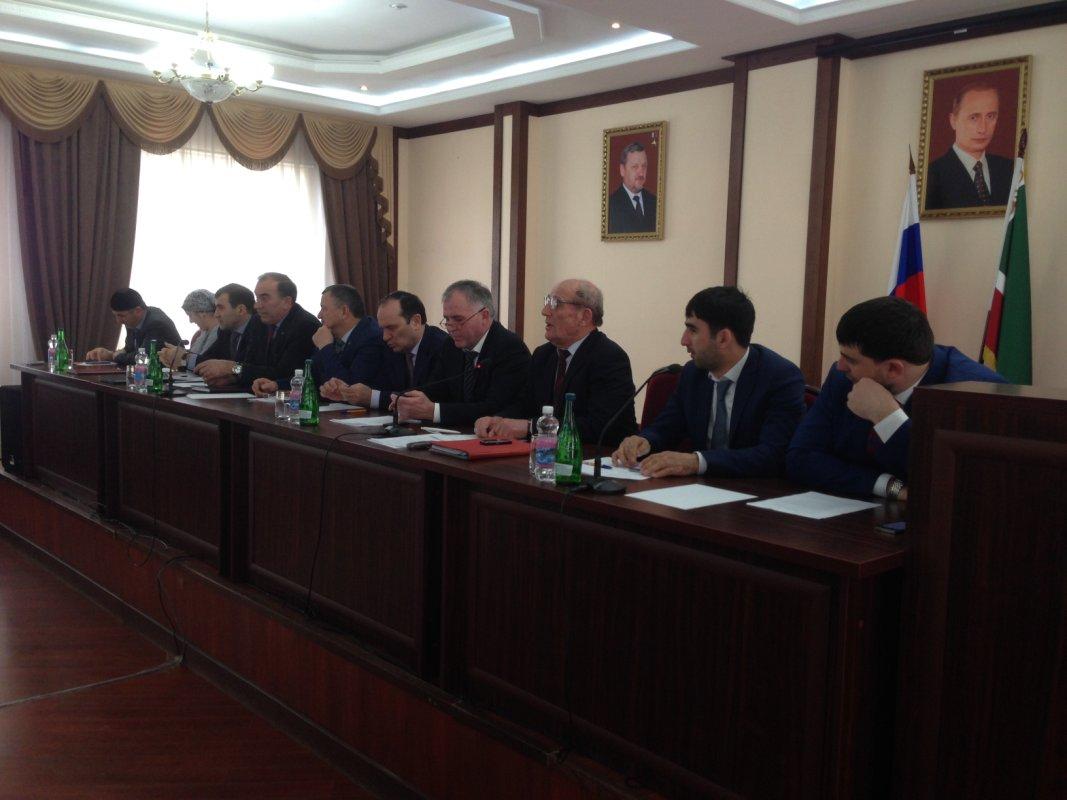 В Минсельхозе ЧР обсудили состояние фермерских и других хозяйств Чечни