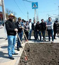 Коллектив ИА «Грозный-информ» принял участие в общегородском субботнике