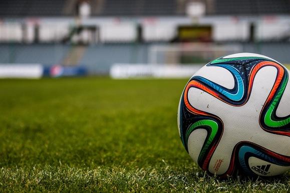 Народная футбольная лига России «вытащит мужиков из гаража»