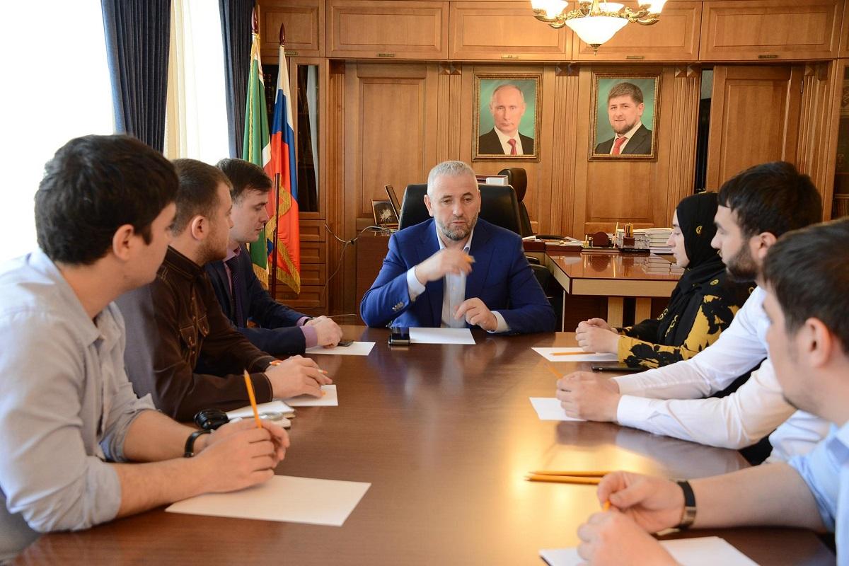 В ходе рабочего визита в чеченскую республику министр образования и науки российской федерации дмитрий ливанов и