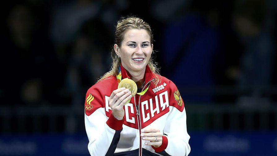 Россиянка Дериглазова выиграла «золото» вфехтовании нарапирах