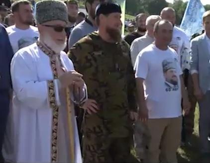 Кавказские пловцы переплывут Керченский пролив вчесть Ахмата Кадырова