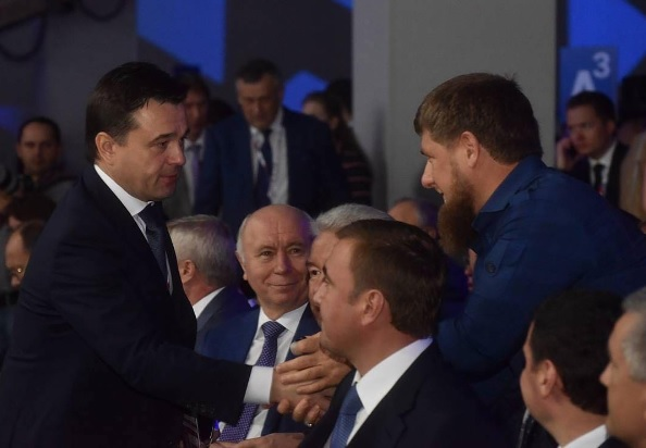 Медведев попросил беречь бюджетные резервы для «маневров вбудущем»