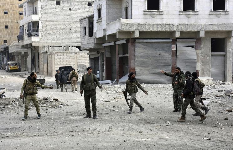 Повстанцы договорились ссирийскими властями осдаче восточного Алеппо