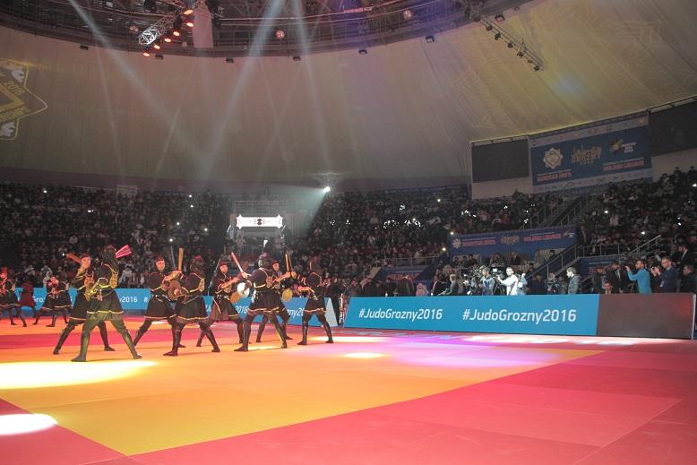 ВГрозный прибывают участники турнира подзюдо «золотая лига»