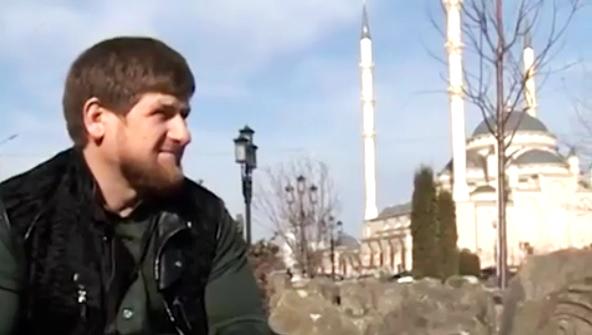 50 граждан Чечни иИнгушетии получили матпомощь отфонда Кадырова