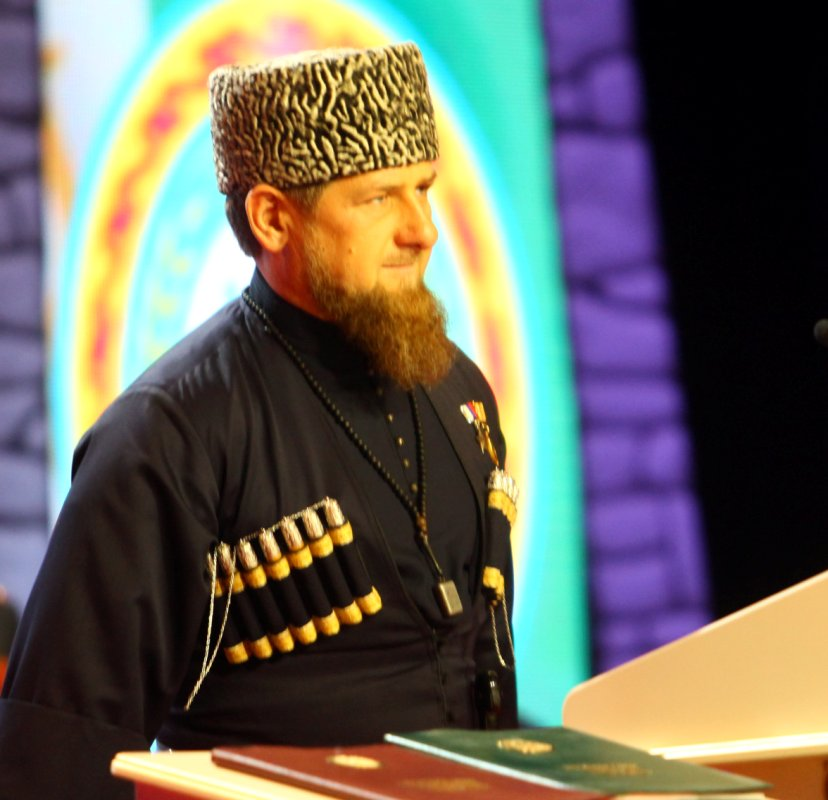 Медведев иКадыров обсудили строительство 2-ой очереди аэропорта ивопросы развития Чечни