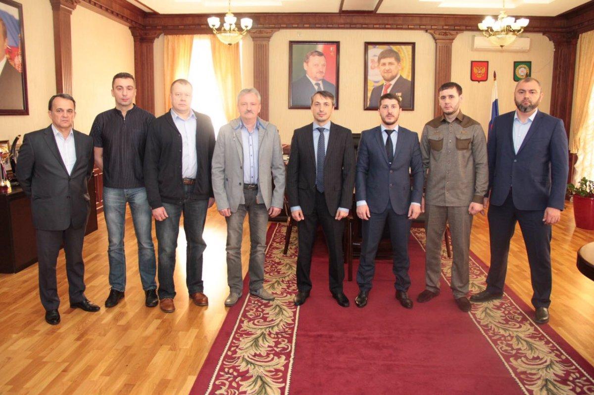 Ортопеды изСанкт-Петербурга проведут операции вГрозном