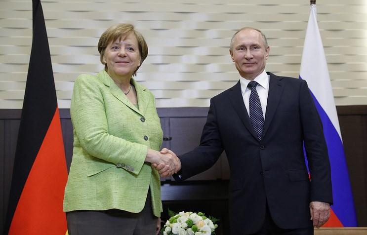 Меркель собирается «прощупать почву» навстрече сПутиным