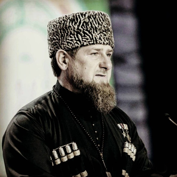 Кадыров поведал ожелающих «поколебать мир» вЧечне силах