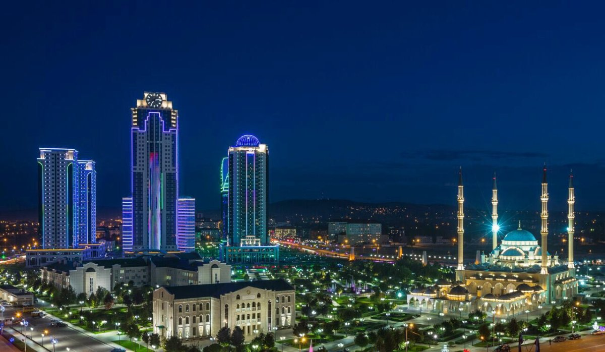 Петербург возглавил рейтинг культурных городов РФ — Подтвердил статус