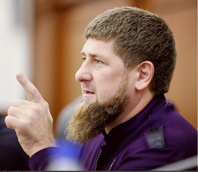 Рамзан Кадыров назвал подлостью теракт вмечети Египта