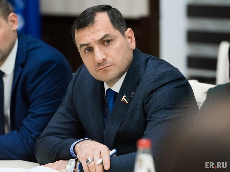 «Единая Россия» будет поддерживать президента сбольшей энергией
