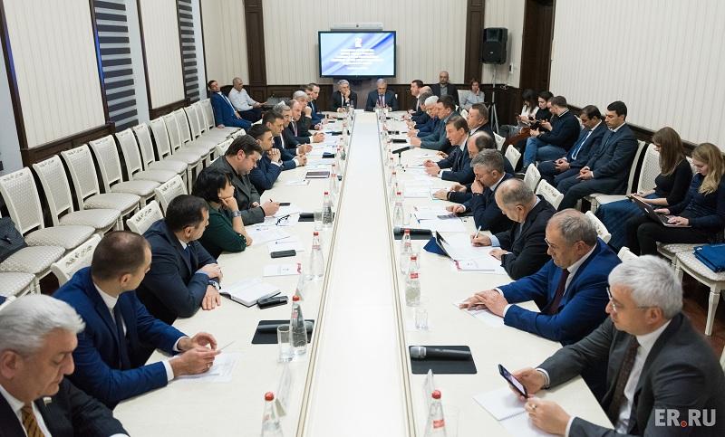 «Единая Россия» насъезде поддержит решение В. Путина участвовать ввыборах