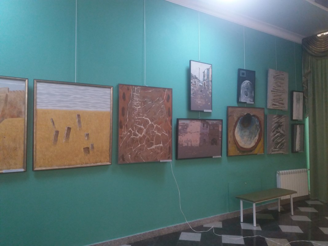 Открылась художественная выставка «Многообразие красок Кавказа»