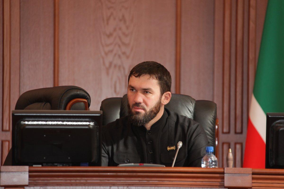 Аккаунт Кадырова в фейсбук занял агрегатор авиабилетов