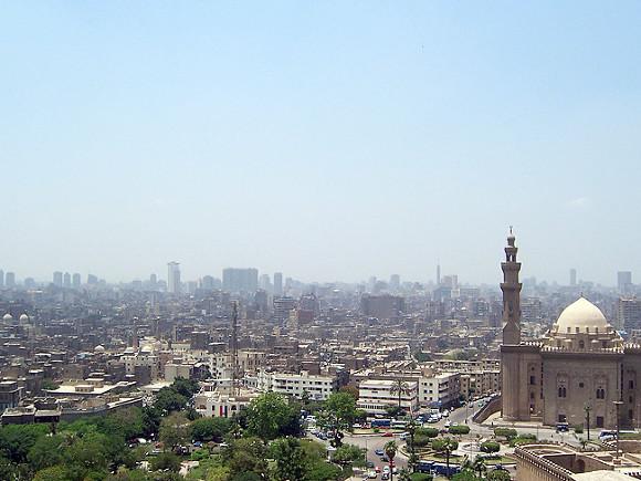 А. Гутерриш осудил нападение террористов нацерковь вКаире