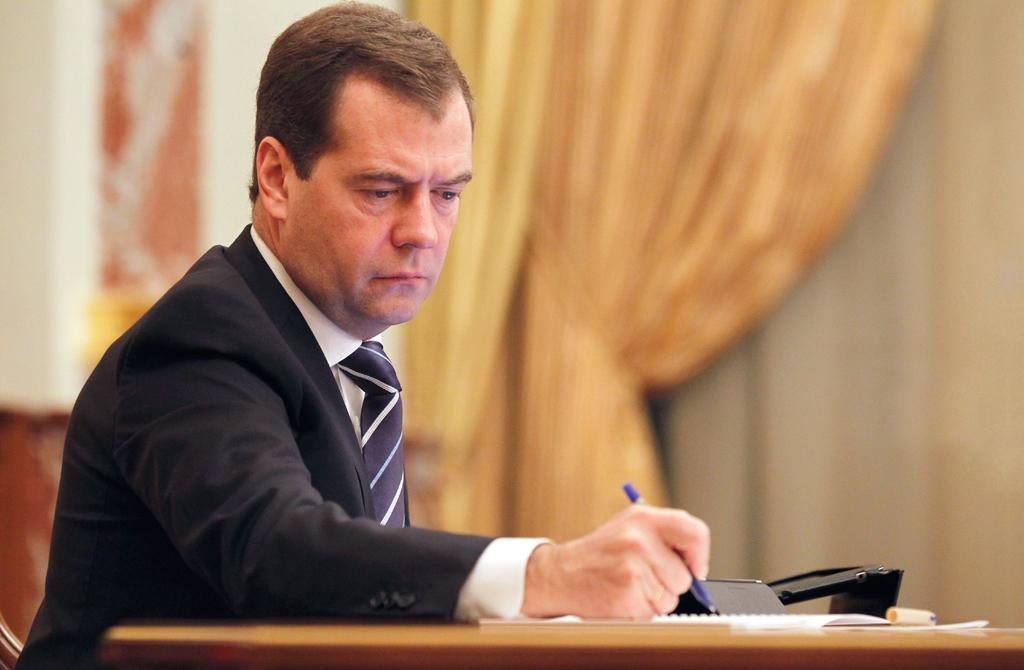 Премьер подписал разрешение наввод электронных накладных наавтомобильные грузы