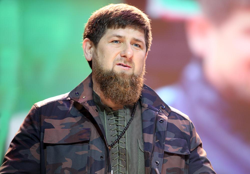 Кадыров захиджаб, однако уважает иженщин без платков