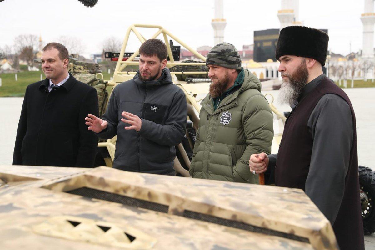 Рамзан Кадыров оценил новейшую боевую машину спецназа «Чаборз-6»