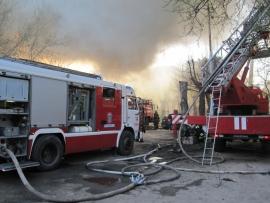 В Шелковском районе Чечни ликвидирован пожар на площади 800 кв.м.
