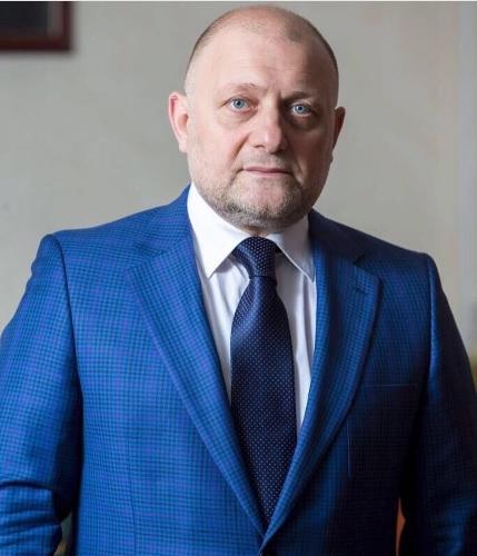 Чеченский министр прокомментировал слух омногоженстве