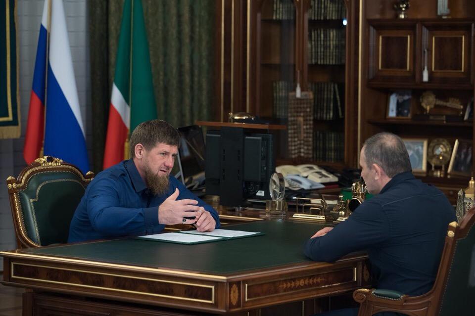 Р. Кадыров обсудил с М. Ханариковым вопросы развития спорта в ЧР